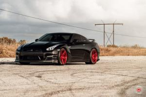 2017 Nissan GT-R on Vossen Wheels (HC-1)